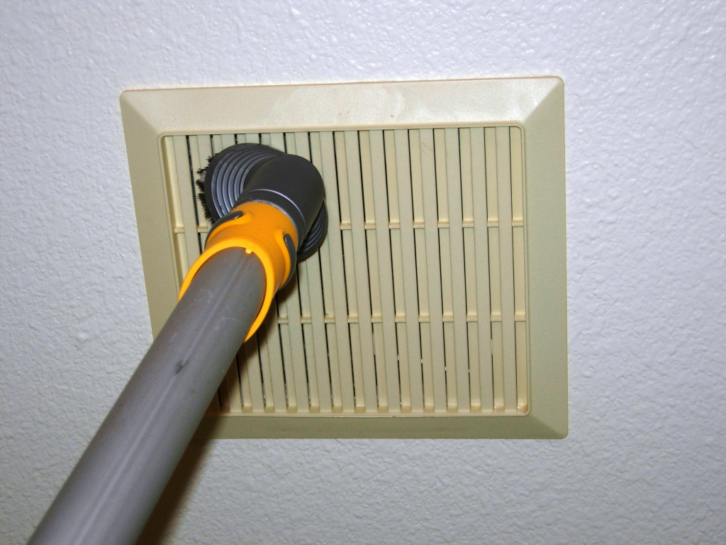 Bath Fan Cleaning HandyHomeowner - Clean bathroom fan
